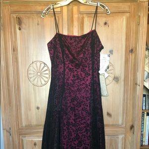 Zum Zum Black Lace/Hot Pink Satin Dress (NWT).